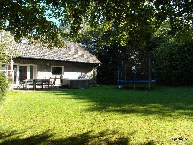 Het vakantiehuis Bonvie voor 12 personen te Dochamps.
